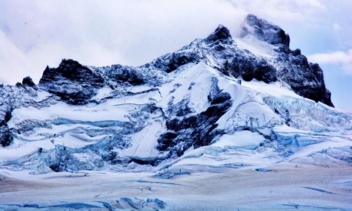 Cerro Tronador y Ventisquero Negro