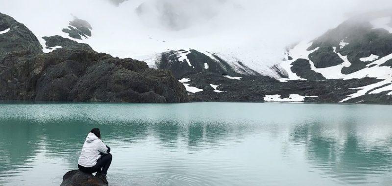 Laguna Esmeralda, paisagem de ushuaia no verão