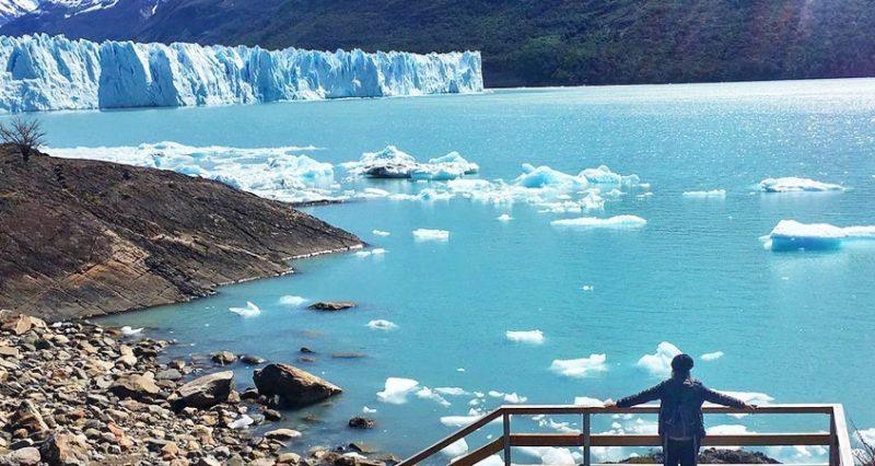 Glaciar Perito Moreno - Pessoa observando da passarela