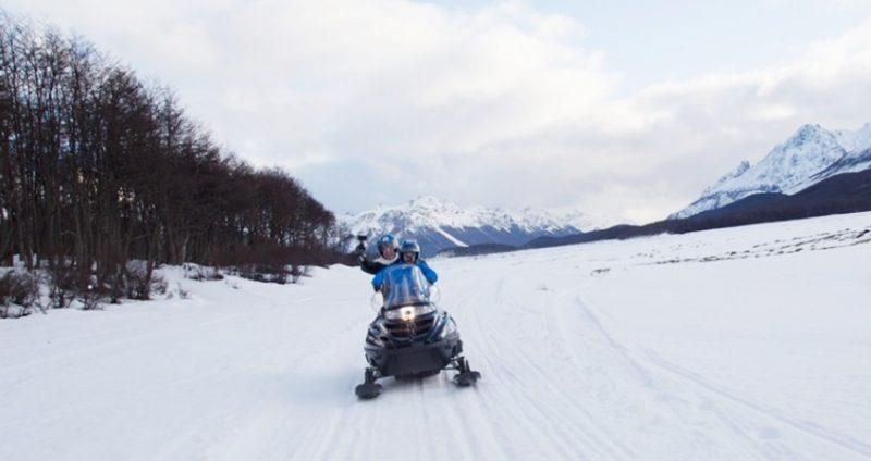 Passeio na Moto de Neve durante o Inverno - Ushuaia