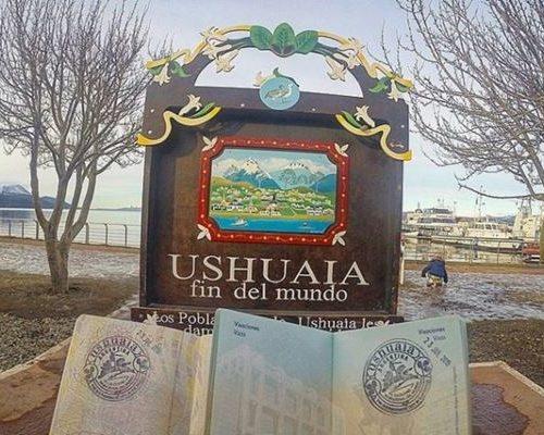 Luiza e Matheus do Blog Casal Mil conhecem Ushuaia, El Calafate e Mendoza!